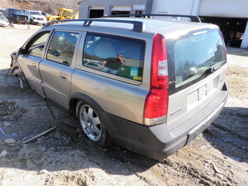 2004 Volvo Xc70 Cross Country Quality Used Oem Replacement Parts This