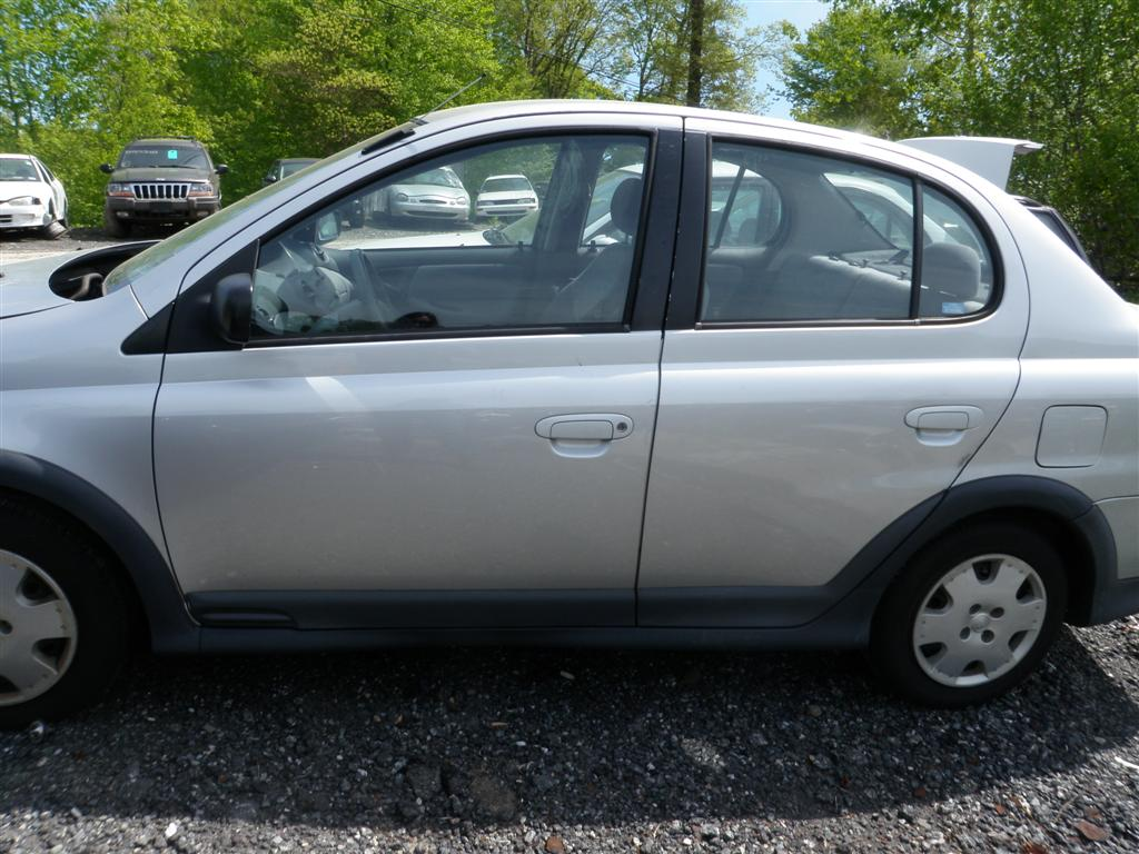 This 2001 toyota echo has a 1 5l l4 dohc 16v engine and a 4 speed automatic overdrive transmission if you need parts from this echo or any other parts for