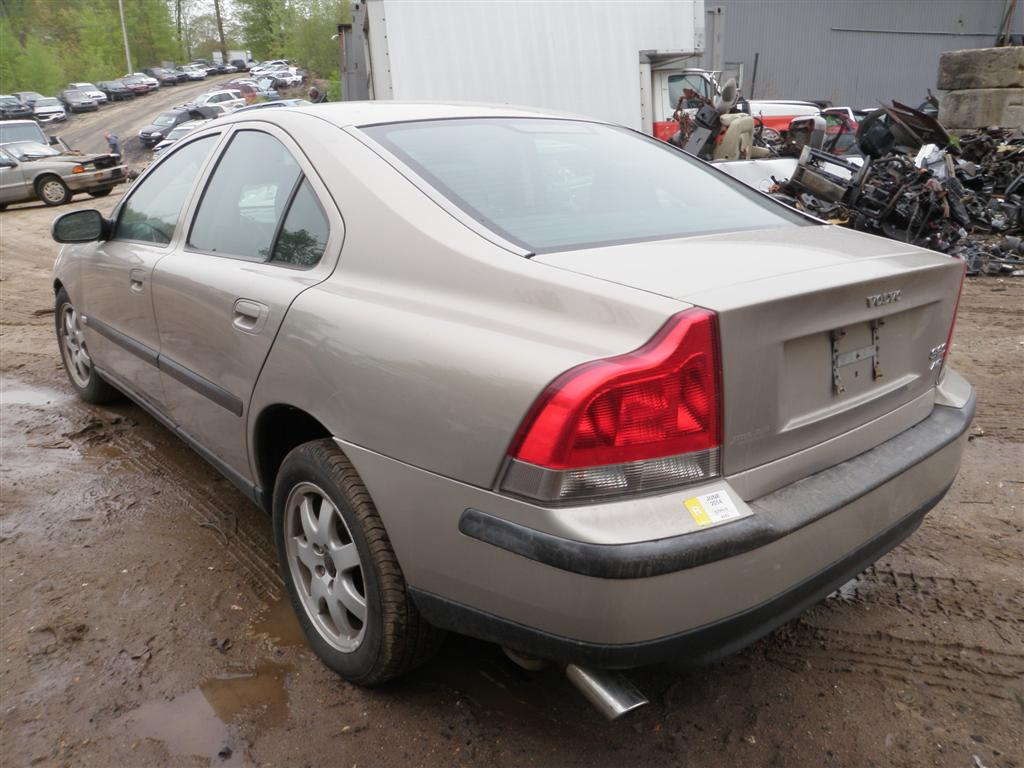 2002 Volvo 60 Series S60 Quality Used OEM Replacement Parts