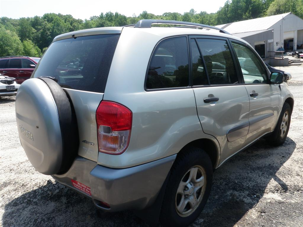 2002 Toyota RAV4 4WD Quality Used OEM Replacement Parts