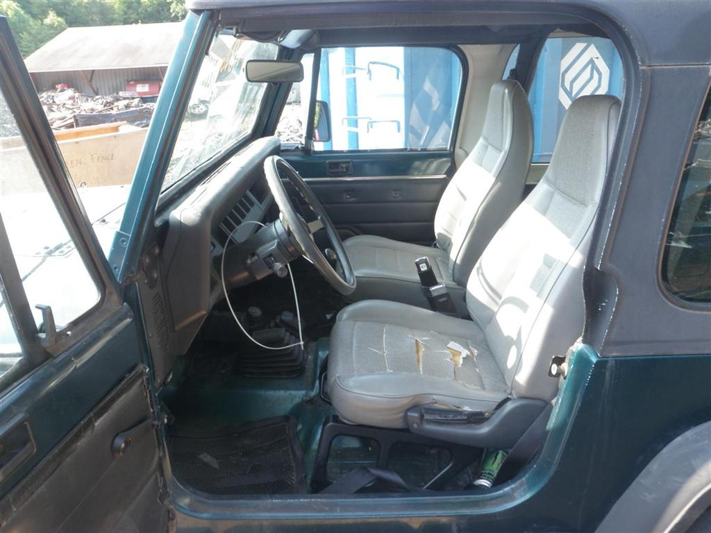 1995 Jeep Wrangler Se Quality Used Oem Replacement Parts East Door Some Of The We Currently Have In Stock Off This Vehicle Are Air Cleaner Alternator Sound Bar Axle Assembly Drive Shafts Leaf Springs