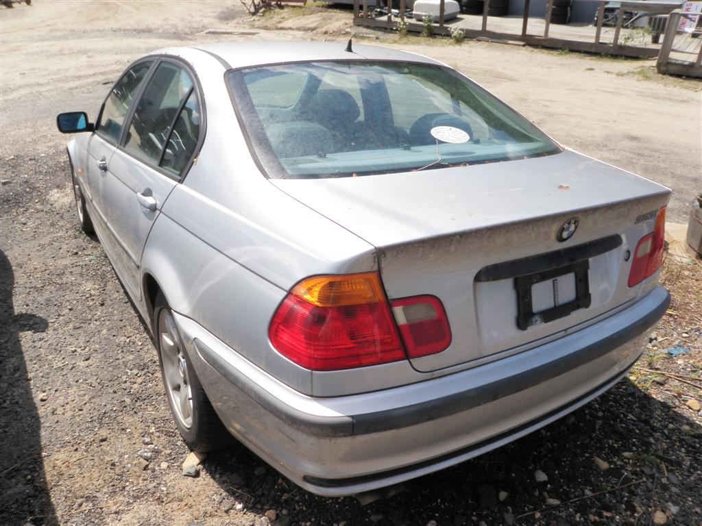 This bmw 323i has a 2 5l l6 dohc 24v engine and a 5 speed automatic overdrive transmission if you need parts from this 3 series 323i or any other parts for